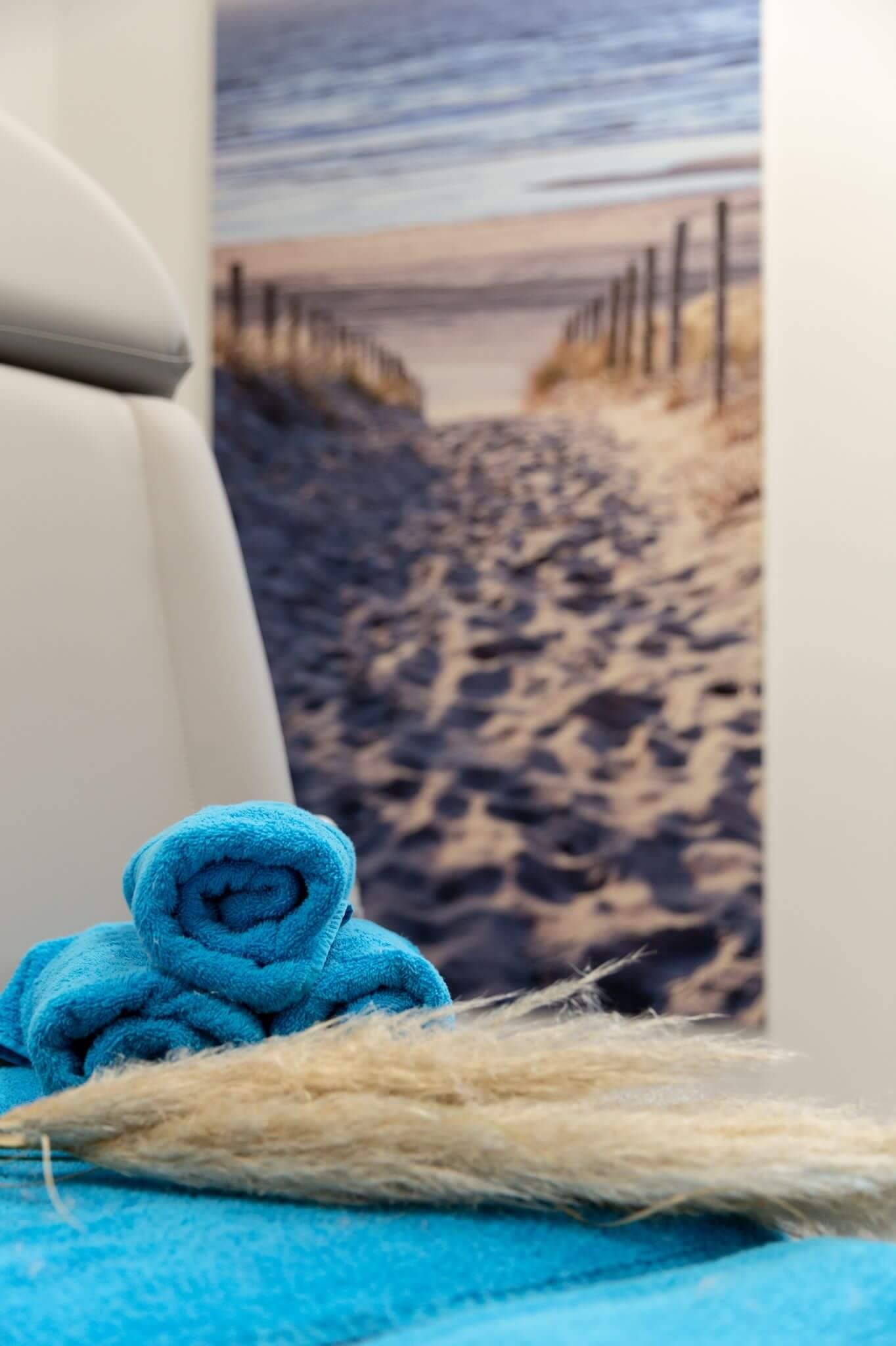 Hautnah Lounge - Handtuch